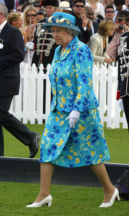 <p>And the same goes for this vibrant blue design that she wore at the 2003 Jubilee Cup in Windsor.