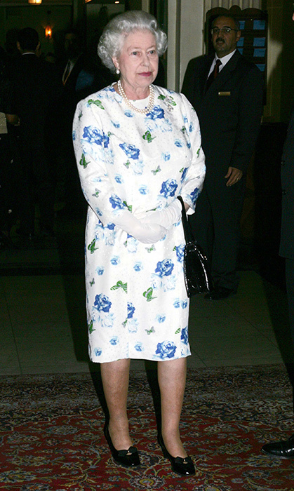 <p>This blue-and-white dress was totally on trend during her Malta visit in 2005.