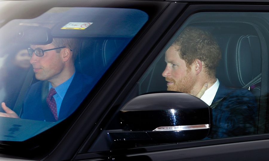 <p>Prince William called shotgun!</p>