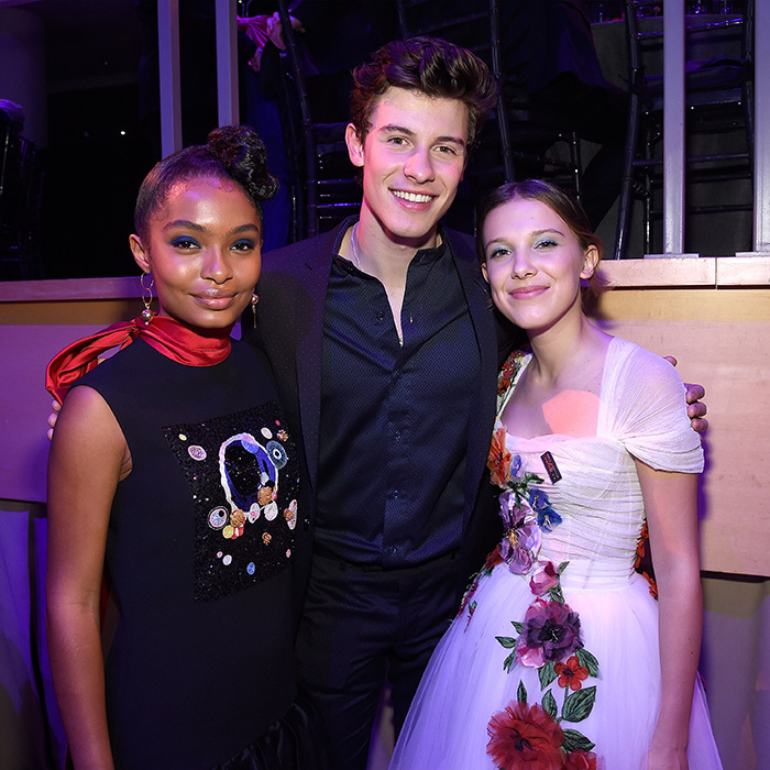 <p>Yara, Shawn and Millie got to know each other backstage.</p>