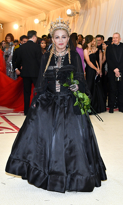 <h2>Madonna</h2>