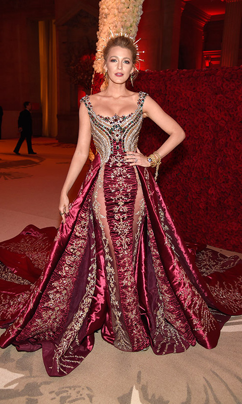 <h2>Blake Lively</h2>