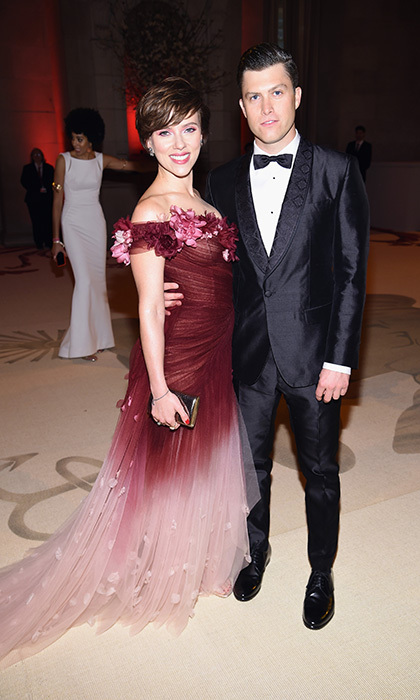 After making their red carpet debut as a couple last month, Scarlett Johansson and <em>Saturday Night Live</em> star Colin Jost made a fashionable appearance at the Met. 