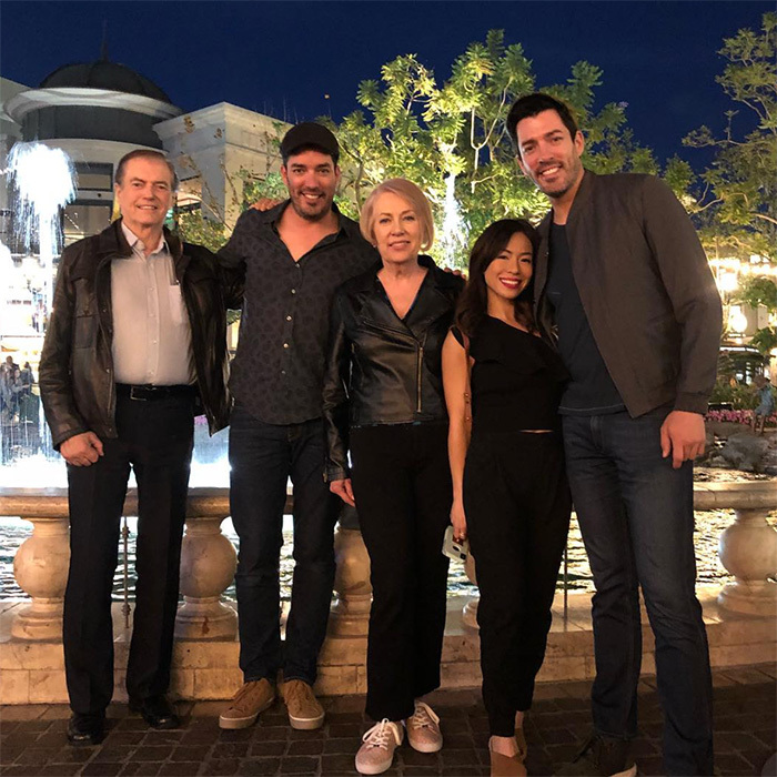 <p>Family matters most to the Scott brothers! Drew, standing beside his fiancé Linda, shared this sweet snap on his Instagram.</p>