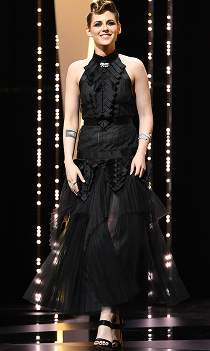 <p>Kristen Stewart was a beauty in black at the opening ceremony for Cannes.</p>