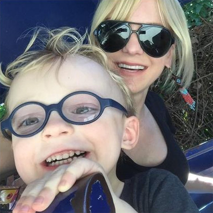 <h2>When Anna Faris visited her son's favourite place... again</h2>
