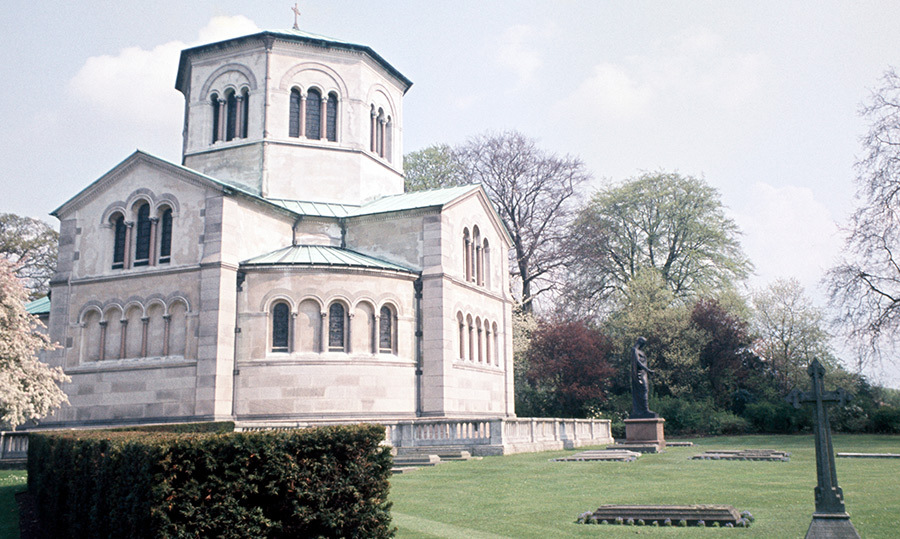 <p>Not far away from Frogmore House is the royal Mausoleum, where Queen Victoria and Prince Albert are buried. The royal couple wanted to be buried together somewhere special, and so construction of the structure began in 1861 following Prince Albert's death. How romantic!</p>