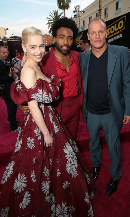 <p>Emilia Clarke had a ball with Donald Glover and Woody Harrelson at the <em>Solo: A Star Wars Story</em> in LA.</p>