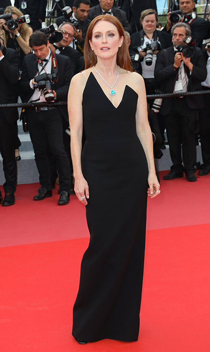<p>Julianne Moore stepped out on May 9 for the premiere of <em>Yomeddine</em> in this simple yet elegant black gown.</p>