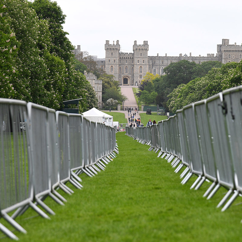 <h2>All roads lead to holy matrimony</h2>