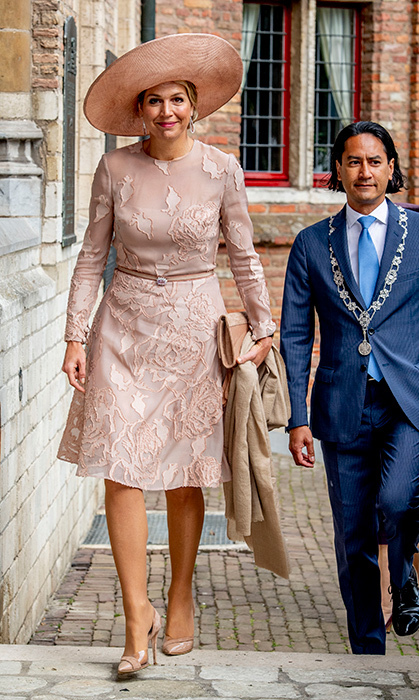 <p>Queen Maxima was spring ready in a gorgeous blush pink dress. The royal was attending an award ceremony of the Four Freedom Award on May 16.</p>