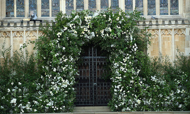 Philippa Craddock's gorgeous floral arches adorn Windsor Castle
