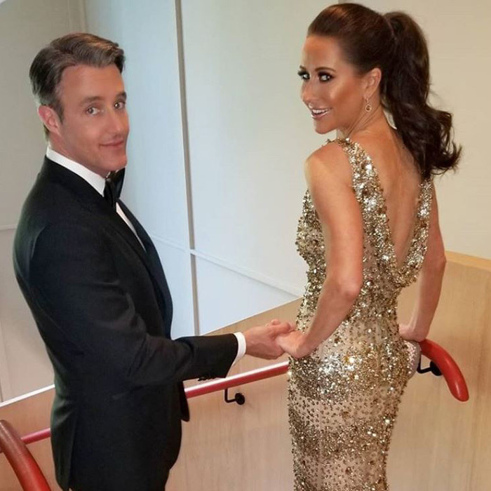 "<p><a href=""https://ca.hellomagazine.com/tags/0/ben-mulroney/""><strong>Ben</strong></a> and <a href=""https://ca.hellomagazine.com/tags/0/jessica-mulroney/""><strong>Jessica Mulroney</strong></a> took a break from parenting duties to get glam for Meghan's big celebration. The Canadian stylist helped keep the adorable bridesmaids and page boys in line, so it was time for her to let loose! She changed out of her blue Di Carlo Couture dress for something a bit more sparkly. The mom of three put her hair up and vamped up the glam, thanks to Rachel Renna and Ryan Dowell, before heading to Frogmore House.</p>