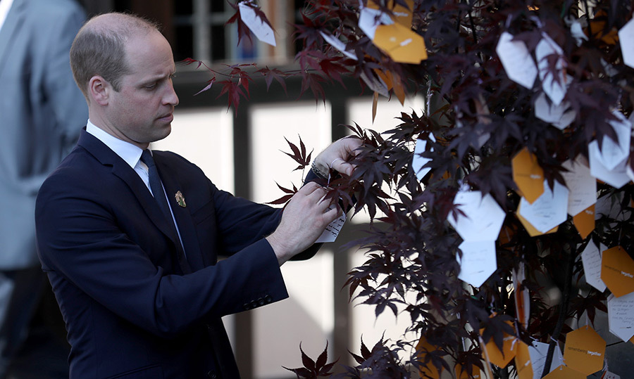 <p>The Duke of Cambridge attached one of his own heartfelt messages to the 'tree of hope,' a memorial set up for the Manchester Arena bombing. The royal paid his respects at a ceremony at Manchester Cathedral on May 22.</p>