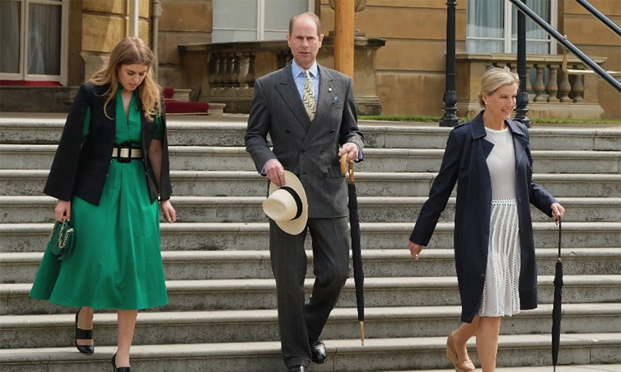 <p>Princess Beatrice, Prince Edward and Sophie, Countess of Wessex, arrived to greet over 3,000 Duke of Edinburgh Gold Awards winners!</p>