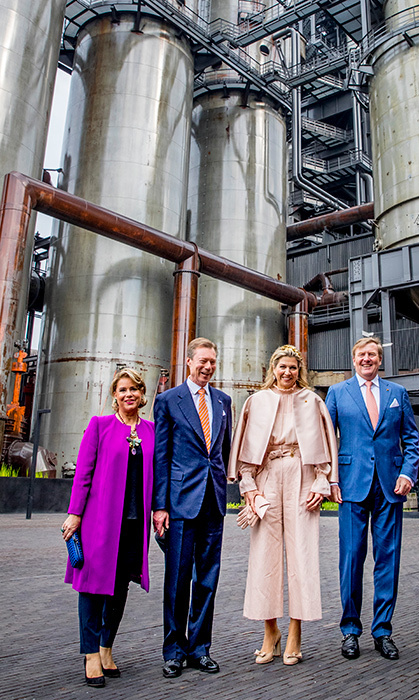 <p>King Willem-Alexander, Queen Maxima, Grand Duke Henri and Grand Duchess Maria Teresa visited Luxemburg University and Campus Belval where they get an tour at the melting furnaceon May 24.</p>