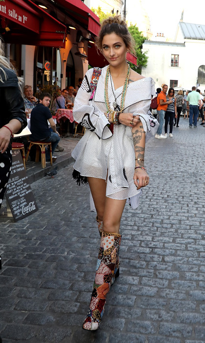 <p>Paris Jackson took to the streets of Paris, and looked incredible while doing it! The star was headed to the Dior Couture s/s Cruise Collection welcome dinner in Montmartre.