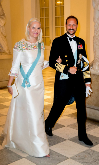 Crown Prince Haakon and Crown Princess Mette-Marit of Norway were also seen waltzing into the palace.
