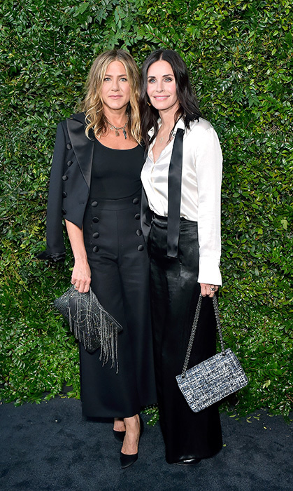"We love a good <em>Friends</em> reunion! Jennifer Aniston and Courtney Cox looked chic as ever at the CHANEL event. As reported by the <em>Sunday Mirror</em>, Jennifer – who recently separated from Justin Theroux – is set to take on maid of honour duties when her former <em>Friends</em> co-star says ""I do"" to Johnny McDaid of Snow Patrol.