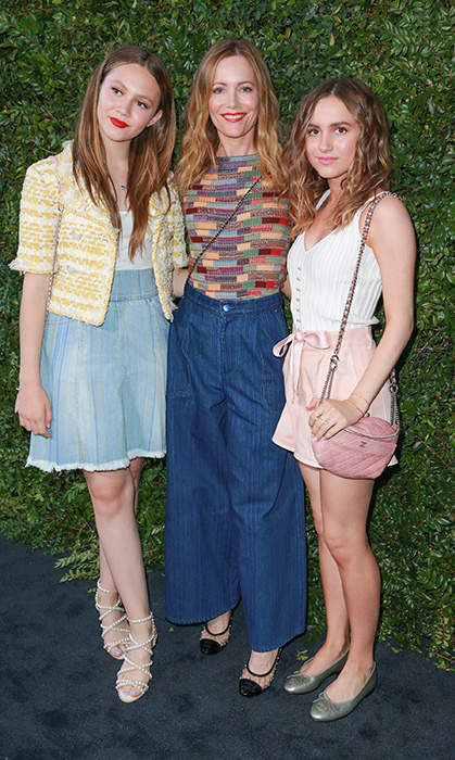Mother-daughter date night! Iris Apatow, Leslie Mann and Maude Apatow dusted off their finest Chanel ensembles for the luxury brand's benefit dinner. 