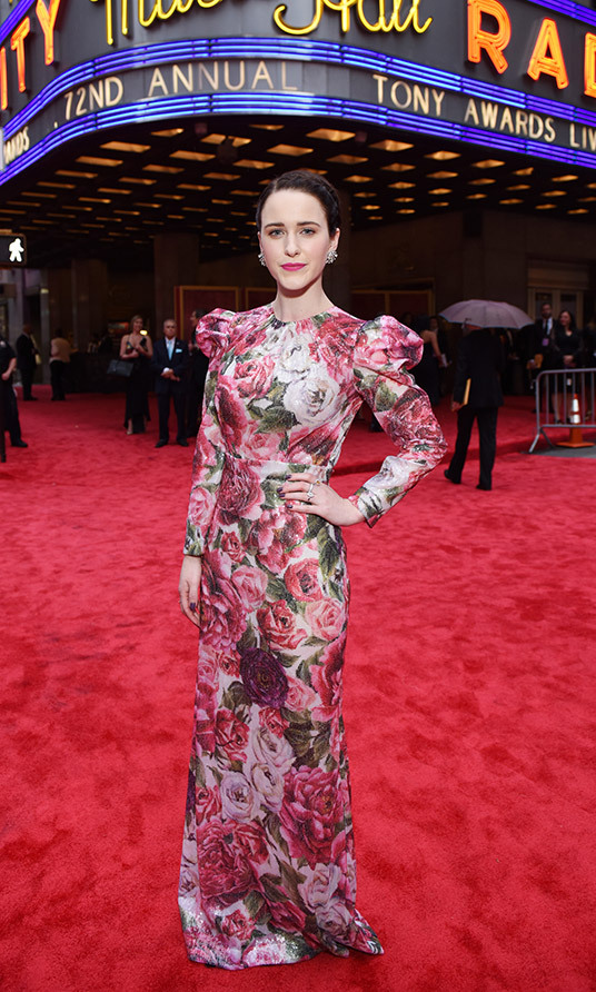 Rachel Brosnahan in Dolce & Gabbana