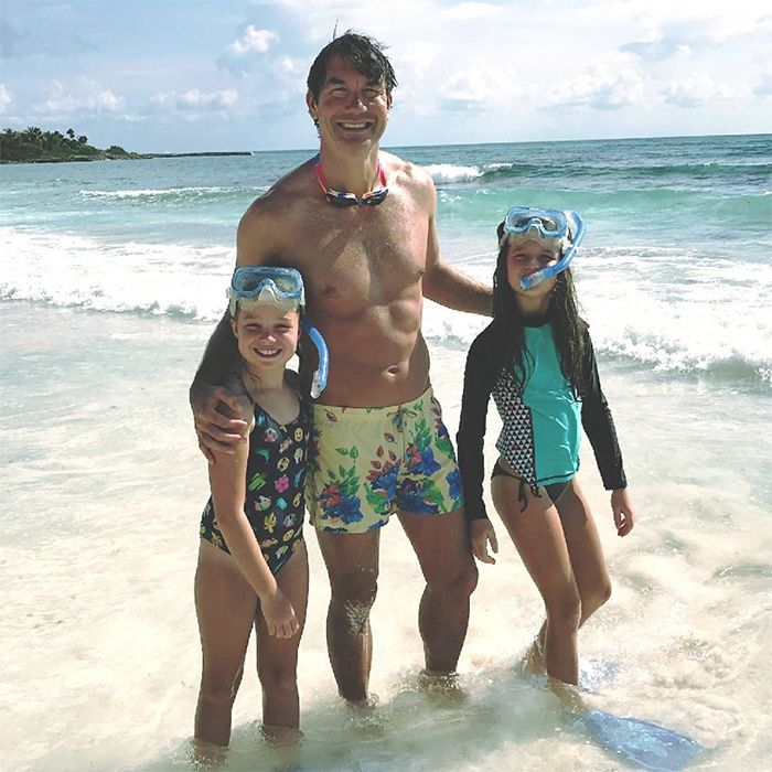 "When Jerry dads, he dads all the way – including being very knowledgable in TV shows his kids watch! While on vacation, the three posed for a dreamy photo in the ocean. He captioned the picture, ""Lookin' for that guy who lives in a pineapple under the sea.""