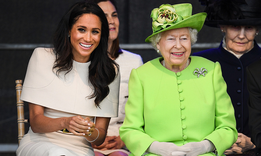 On the occasion of their first joint  tour, the Queen gifted Meghan a beautiful pair of pearl and diamond earrings that bear a striking resemblance to the ones Princess Diana wore while on tour in New Zealand. 