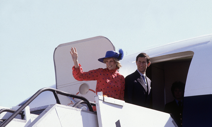 Leaving on a jet plane! Diana and Charles shared some momentous moments while boarding their planes during their trip to Australia and New Zealand. Meghan and Harry's upcoming tour will be the first time we see them on a plane, waving to their fans.