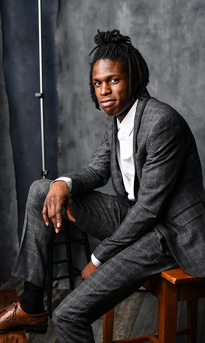 <h2>DANIEL CAESAR</h2>