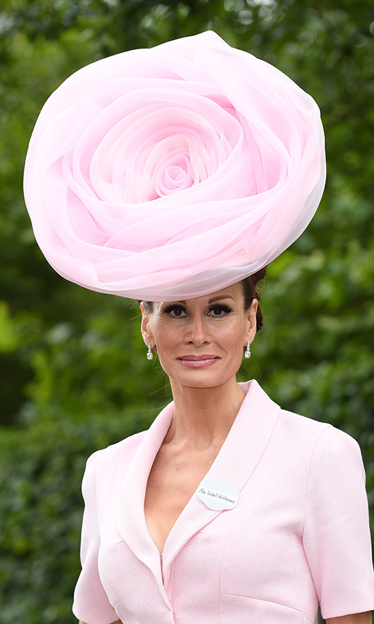 <strong>Isabell Kristensen</strong> didn't have to stop to smell the roses at Royal Ascot - she was wearing one! 
