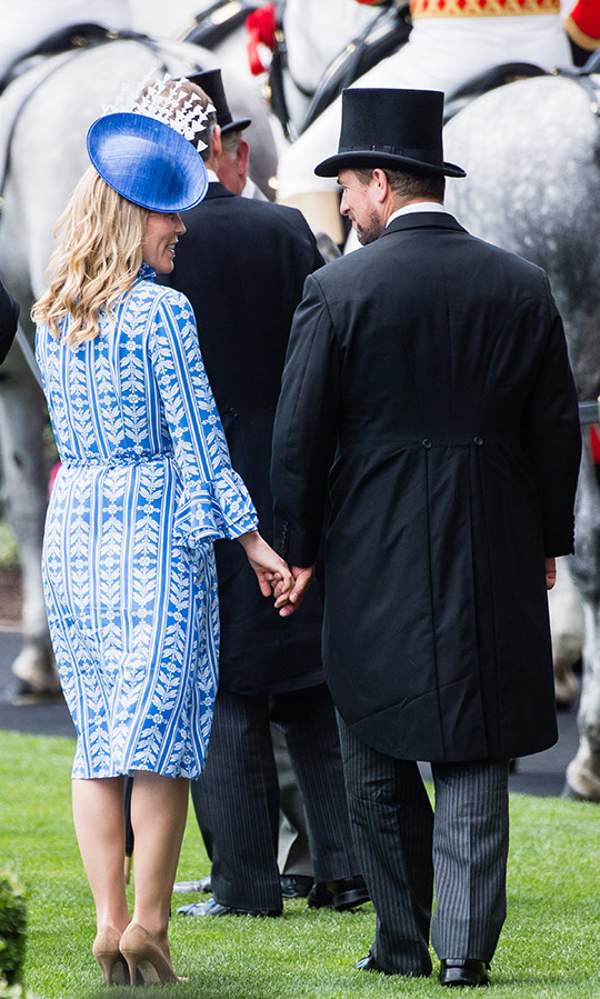 Canadian-born Autumn and her husband Peter shared a sweet PDA moment as they held hands, taking a page from their cousins Prince Harry and Meghan's book!