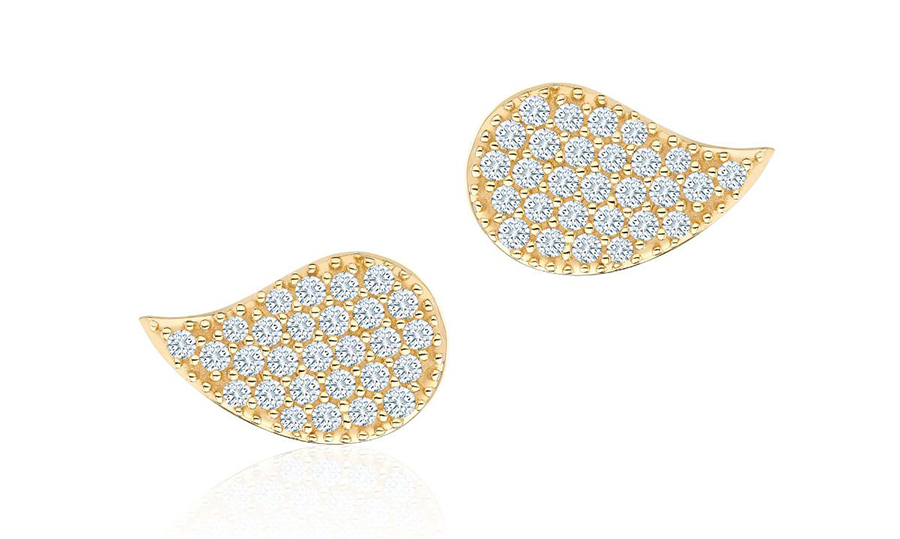 "<strong>Birks Pétale Large Yellow Gold and Diamond Stud Earrings, $1,495, <a href=""https://www.maisonbirks.com/en/birks-petale-large-yellow-gold-and-diamond-stud-earrings""><em>birks.com</em></a></strong>"