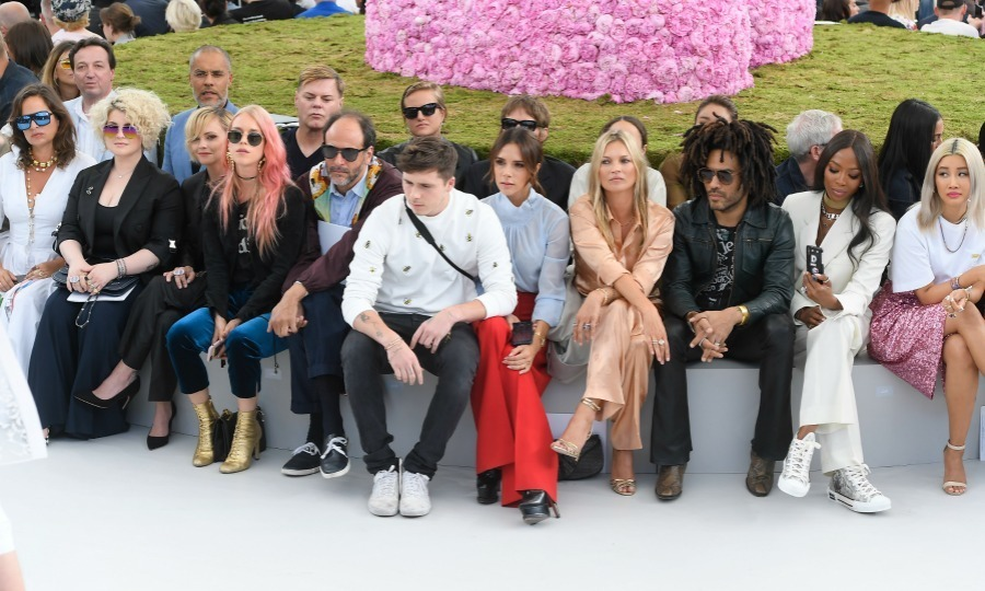 Now THAT'S a front row. Can you name all the stars pictured here without looking below? 