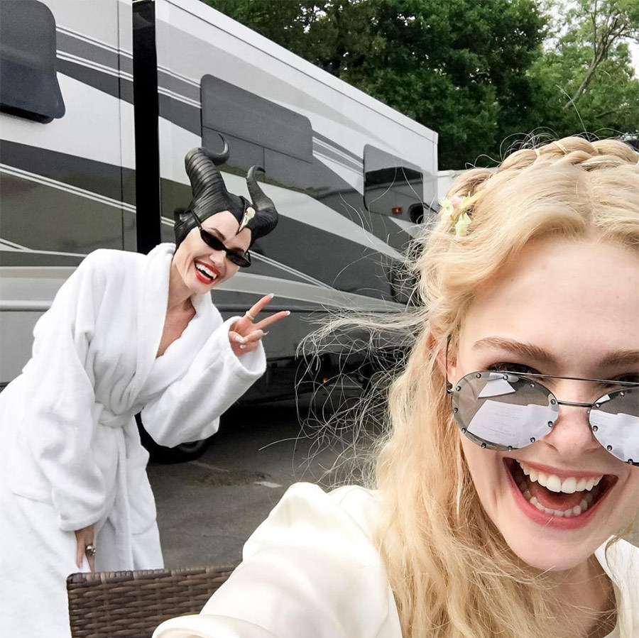 <h2>ELLE FANNING AND ANGELINA JOLIE</em>