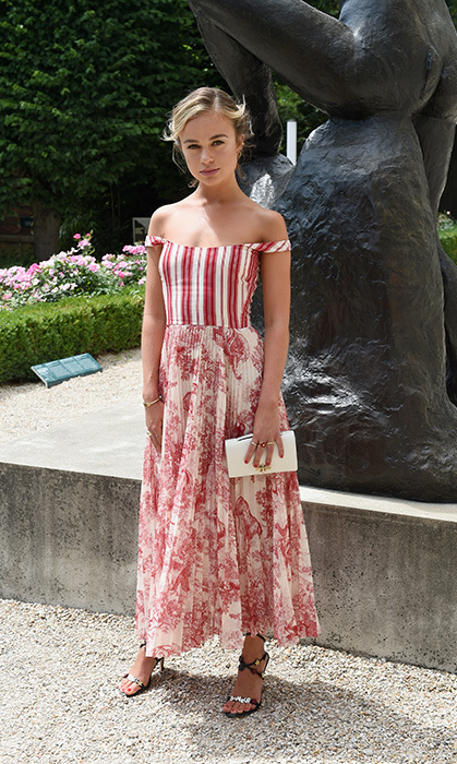 Trust Lady Amelia Windsor to steal the show! She stunned in a beautiful Dior gown for the Christian Dior Haute Couture  show on July 2.