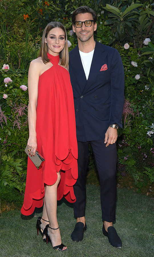 Power couple Olivia Palermo and Johannes Huebl made a very fashionable appearance at the Valentino couture presentation. 
