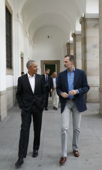 Museum buddies! Former President Barack Obama chatted with King Felipe VI of Spain on a private tour of the Reina Sofia modern art museum in Madrid on July 7. The powerful pair admired masterpieces from the likes of Pablo Picasso and Salvador Dali.
