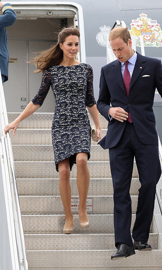 <h2>THE FIRST... TIME DISEMBARKING A PLANE ON TOUR</h2>