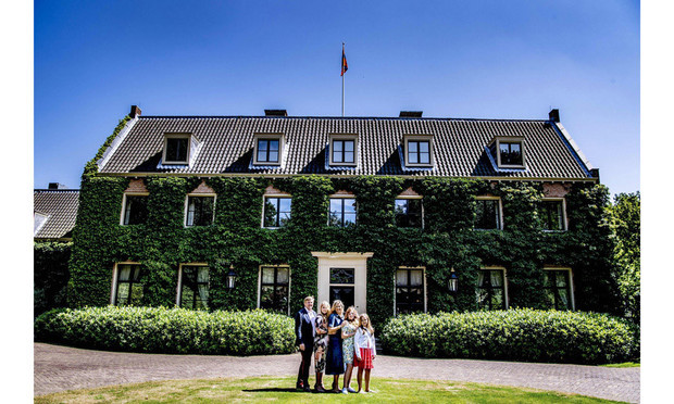 Every summer, Queen Maxima and her family pose for gorgeous portraits outside of their home in the Netherlands. This year, the portraits took place on July 14.