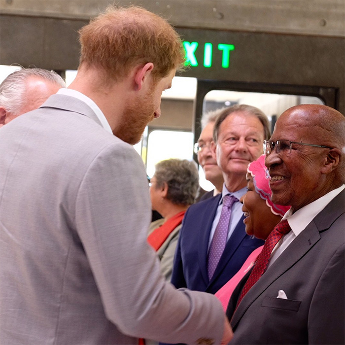 The two also met 92-year-old Andrew Mlangeni, who stood on trial accused of sabotage against the then apartheid government in 1938, and spent 26 years in prison on Robben Island. 