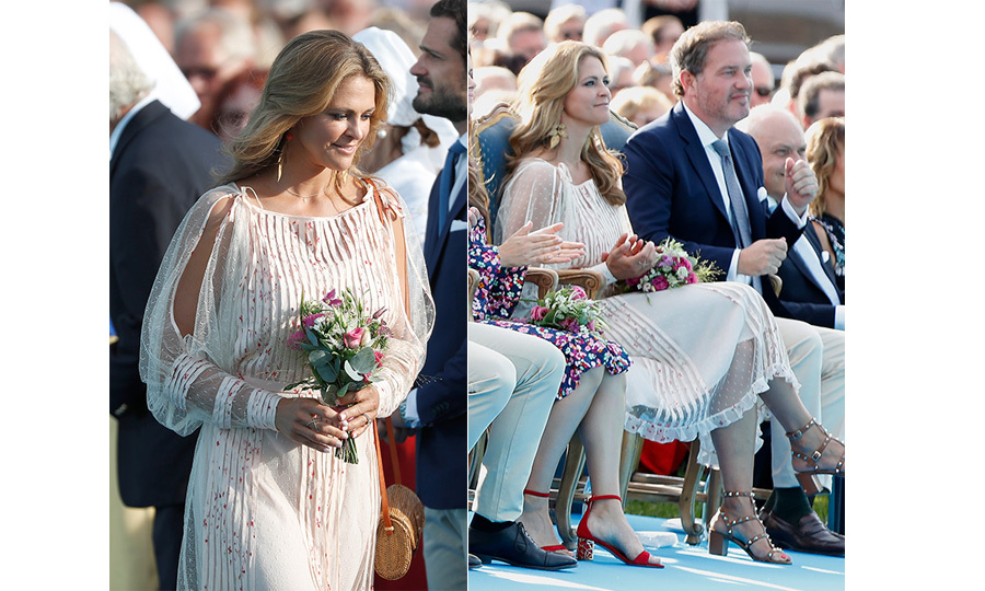 Also in attendance was the beautiful Princess Madeleine, who stunned in a dreamy white dress and stylish brown strappy heels.