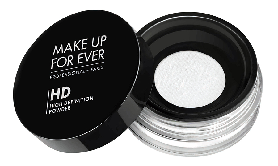 "<strong>Make Up For Ever Ultra HD Microfinishing Loose Powder</strong>, $44, <a href=""sephora.ca"" target=""_blank"">sephora.ca</a><br>