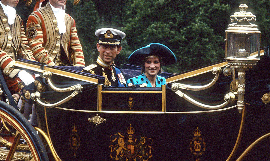 A stunning Princess Diana and her husband Prince Charles made their entrance at the wedding by carriage. Princess Diana and Sarah would become great friends.