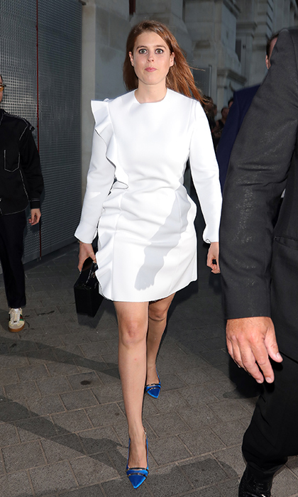 Beatrice had a Carrie Bradshaw-worthy moment at the 2018 V&A summer fete in a white long-sleeve mini with a ruffle down one side and bright blue pumps.