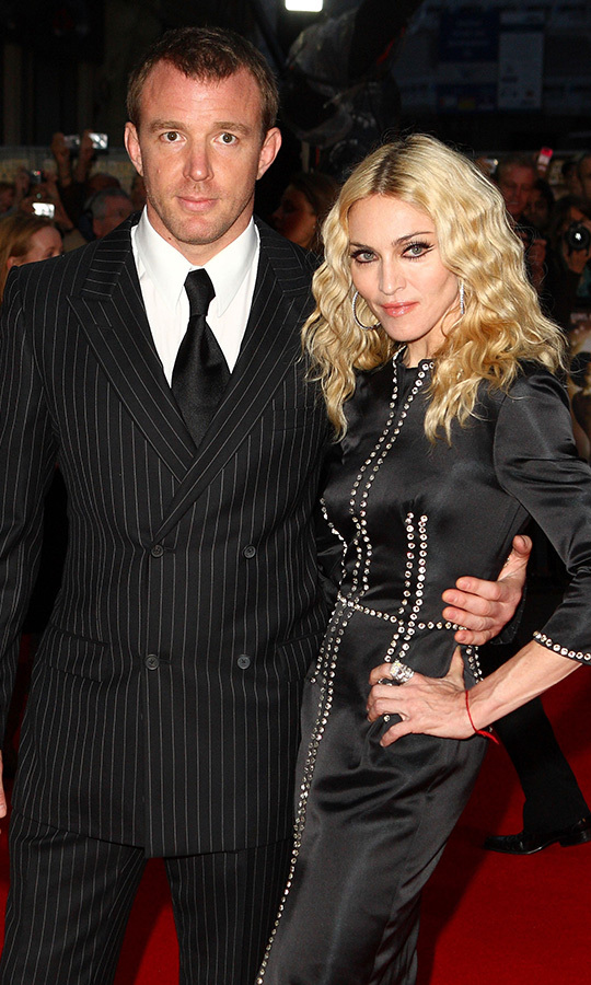 <strong>In what year did Madonna and Guy Ritchie divorce?</strong><br>