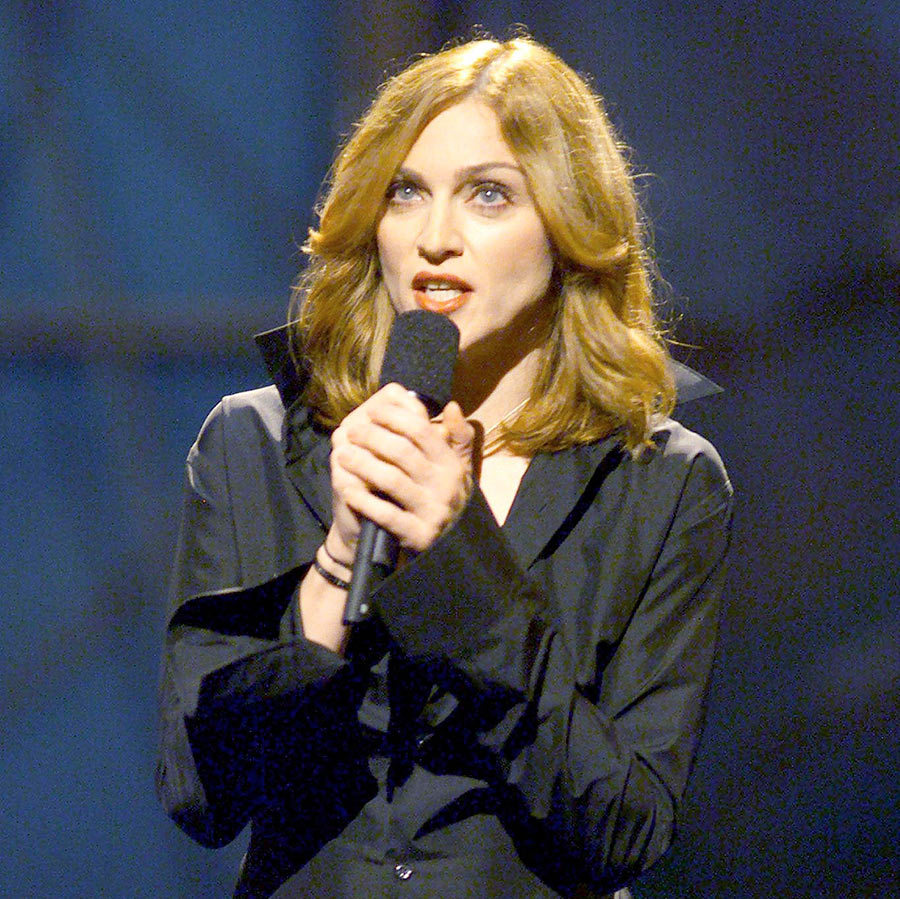 "<strong>Madonna recorded ""Beautiful Stranger"" for which madcap comedy?</strong><br>