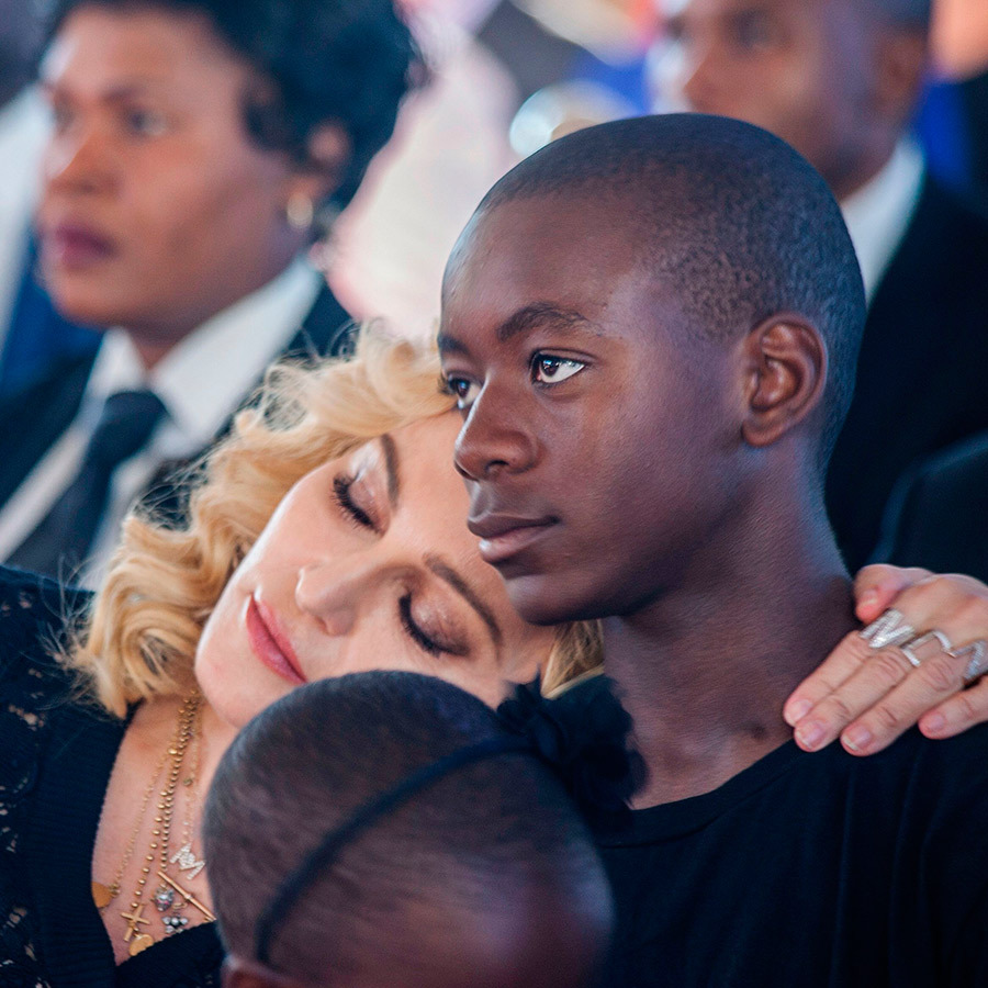 <strong>Madonna adopted a baby boy in 2006. What is his name?</strong><br>