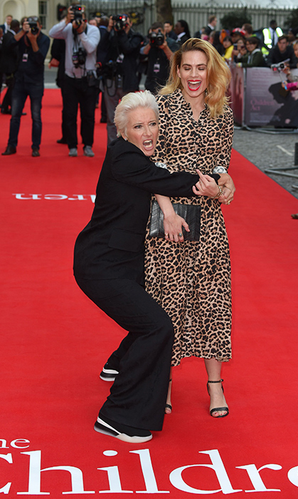 Actresses Emma Thompson and Hayley Atwell struck a goofy pose on the red carpet at the premier of <em>The Children Act</em>.
