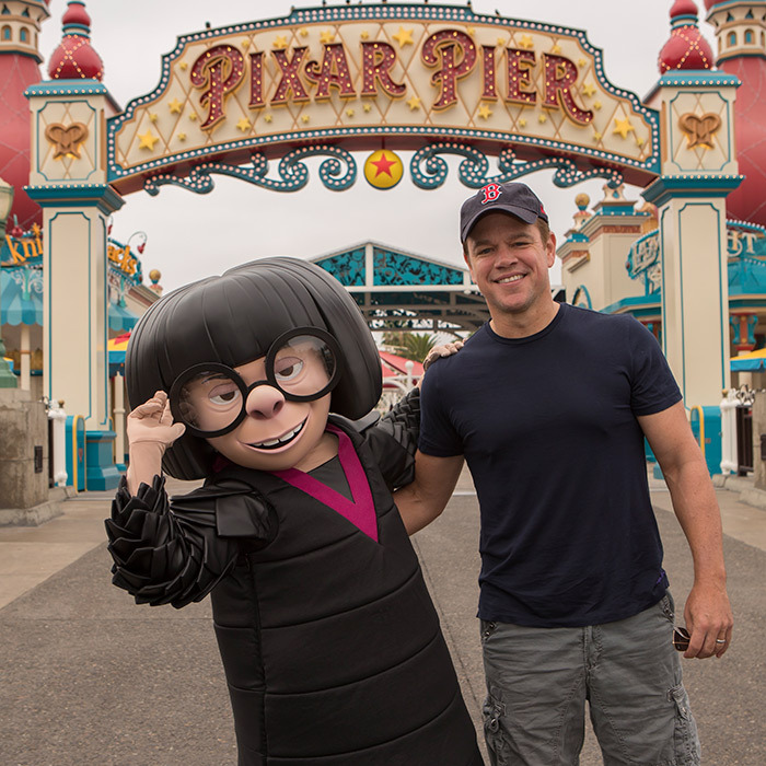 Matt Damon had a chance encounter with <em>The Incredibles</em> character Edna Mode at the new Pixar Pier in Disney Land on Aug. 17.
