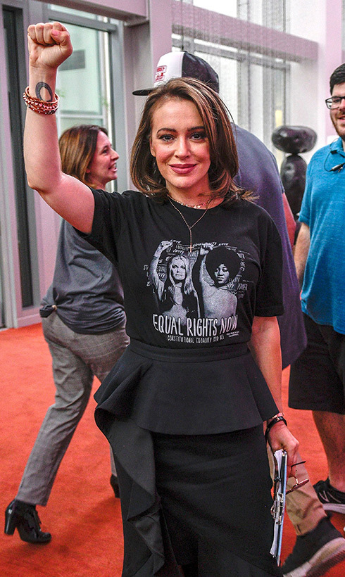 Alyssa Milano, who stars in the new Netflix show <em>Insatiable</em>, showed her support for the Rise Up for Roe Tour in Las Vegas.
